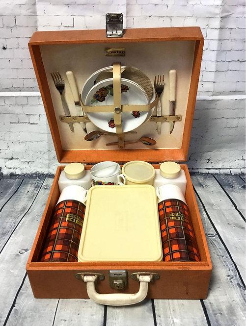 Vintage Picnic Set   Vintage Picnic Hamper   1950s Picnic Set