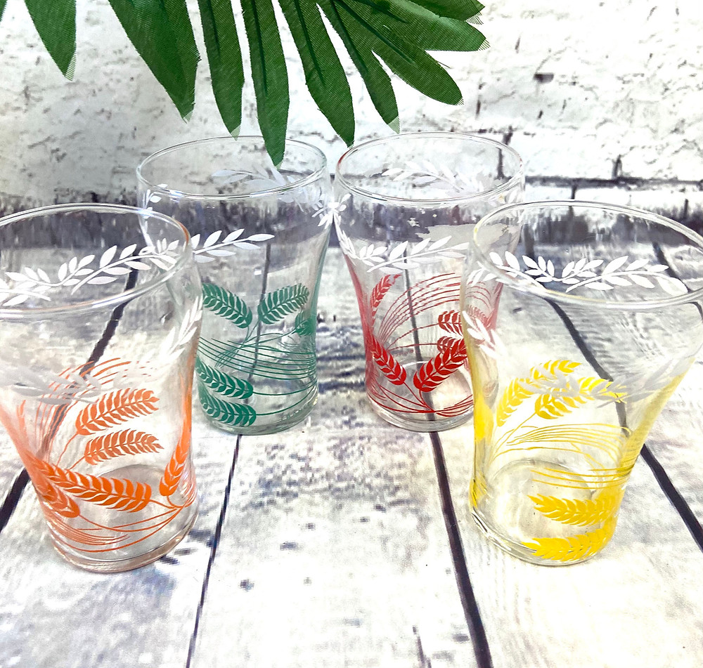 Set of 4 1960s Vintage Party Drinking Glasses