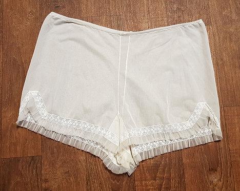 Vintage Underwear | Vintage Lingerie | Unique Vintage | 50s Style