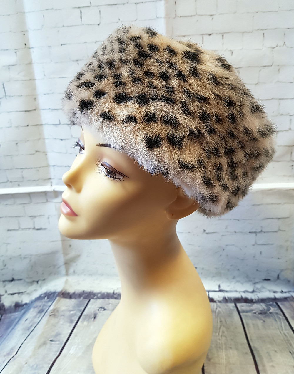 1960s Vintage Leopard Print Pillbox Hat