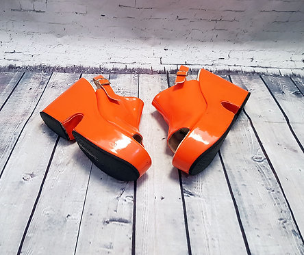 Vintage Platform Shoes | 1970s Platforms | Unique Vintage | Preloved UK