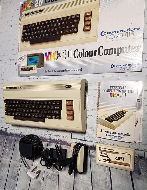 Vintage Computer | Vintage Collectables | Retro Computers | VIC-20 Computer