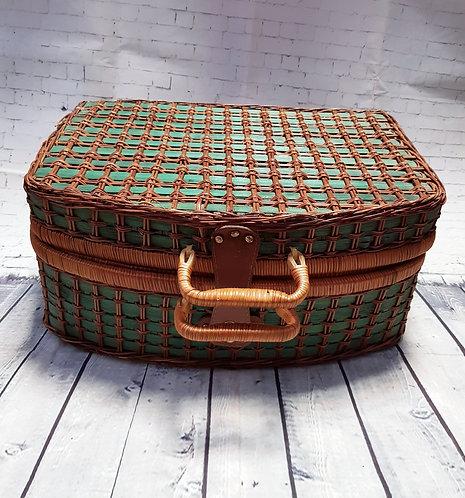 Vintage Picnic Basket   Vintage Wicker Basket   Vintage Collectables   Retro Shop