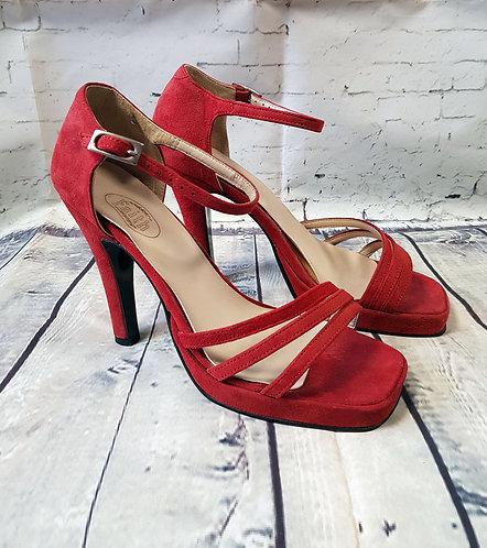 Retro Heels | Vintage Y2K Heels | Secondhand Fashion | Vintage Style