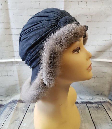 1930s Vintage Crepe & Fur Hat