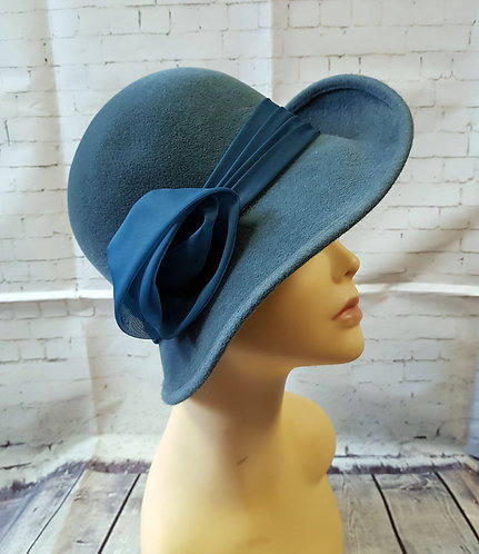 Vintage Hat | Vintage Cloche Hat | Vintage Accessories | Preloved UK