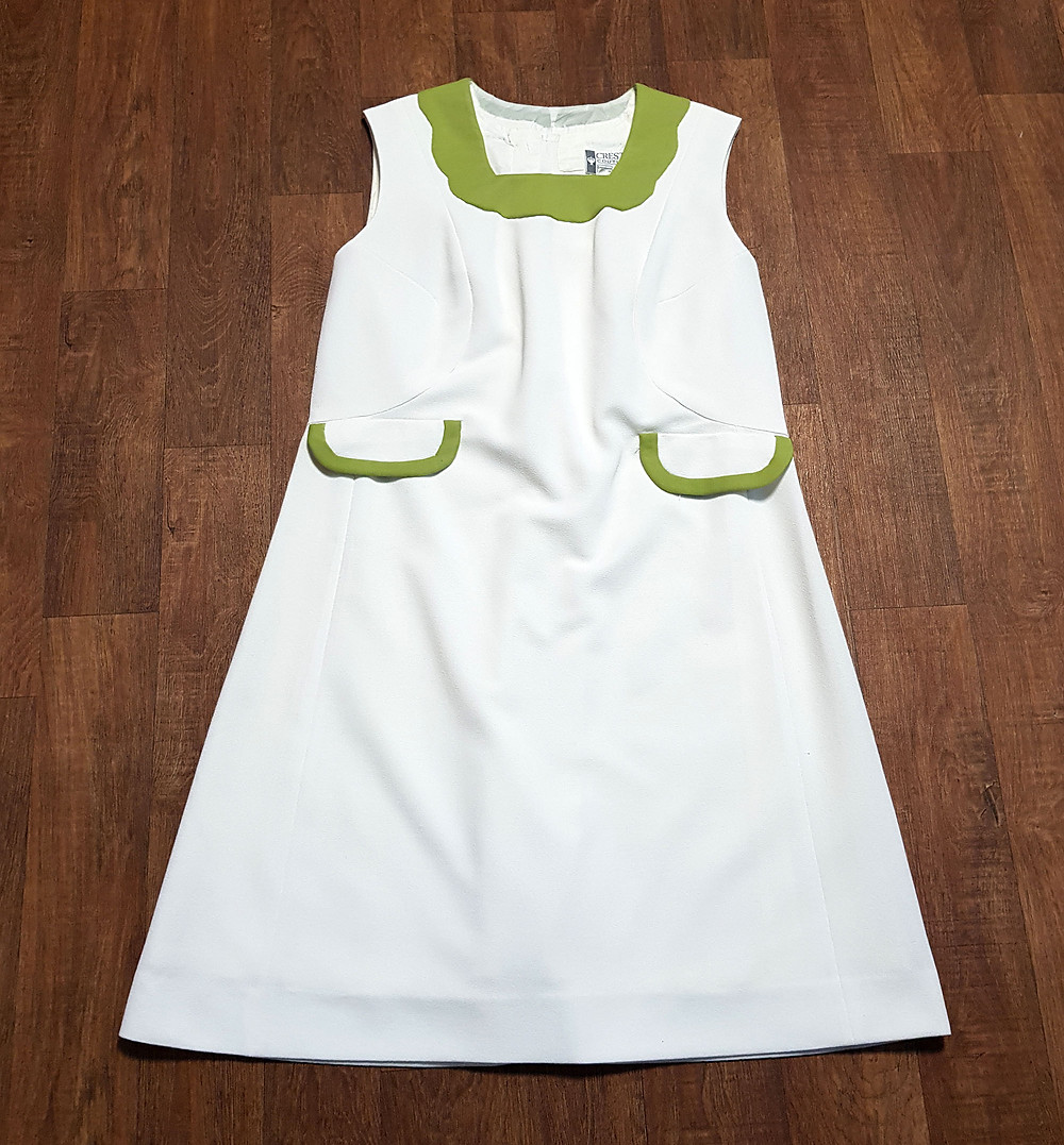 1960s Vintage White & Green Mod Dress UK Size 16