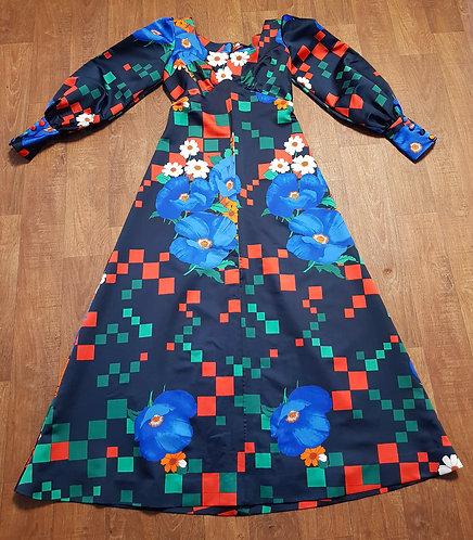 Vintage Dress | 1970s Maxi Dress | 70s Fashion | Vintage Clothing