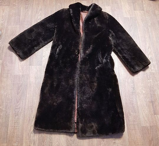 Vintage Coat | 1970s Faux Fur Coat | Vintage Clothing | 1970s Style
