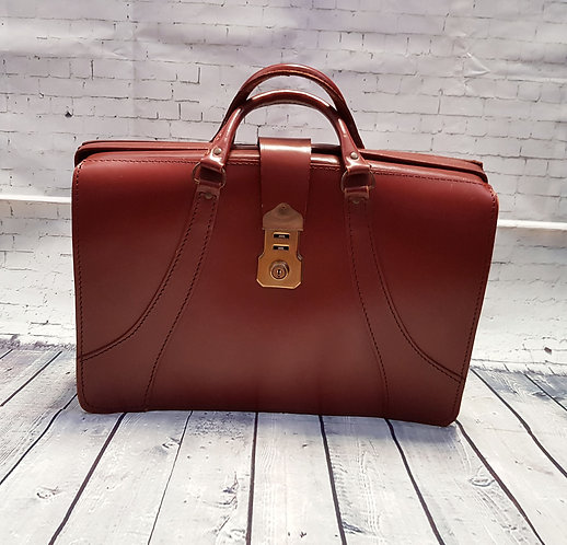 Vintage Doctors Bag | 1960s Gladstone Bag | Unique Vintage | Preloved UK