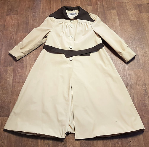Vintage Mac | 1970s Mac | Trench Coat | Vintage Clothing