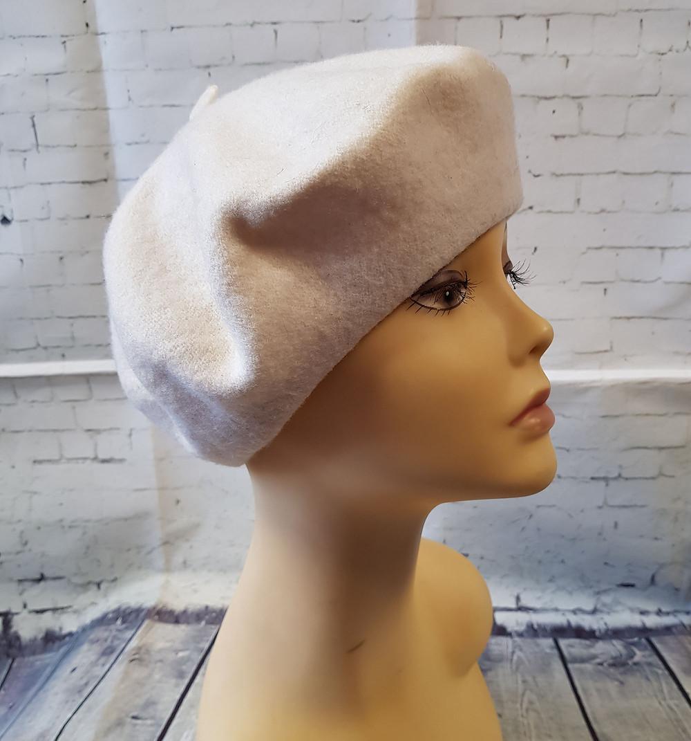 1970s Vintage Cream Wool Beret