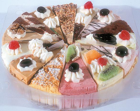 Gemischt-Geschnittene Torte