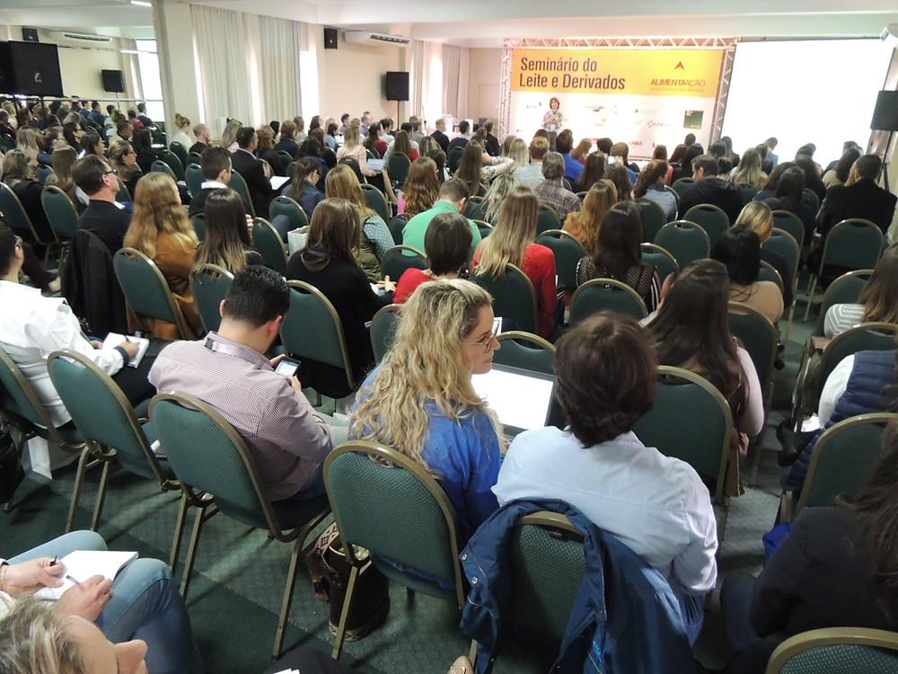 Seminário registrou cerca de 200 inscritos - Crédito: Clarissa Jaeger