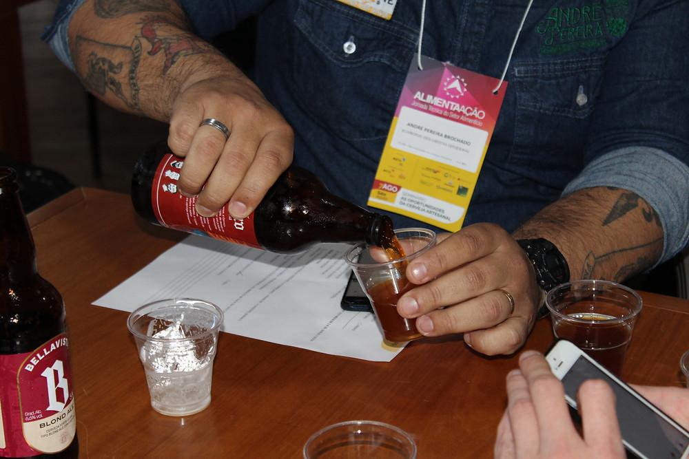 Degustação orientada finalizou seminário da cerveja artesanal - Crédito: Clarissa Jaeger
