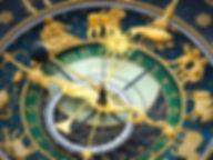 astronomical-clock-408306.jpg