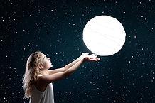 moon-3144648__340.jpg