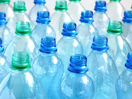 Transformar botellas PET recicladas en tejidos NO es una buena idea