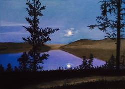 Article Circle Moonset