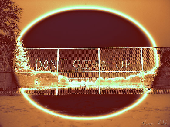 Dont Give Up no.4 Gold