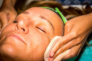 Azure Luxury Sensatia Facial