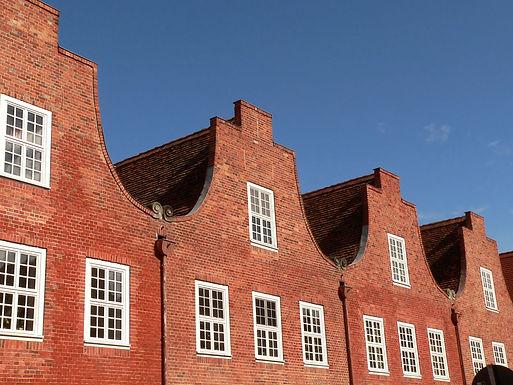 Dachgeschoss mit Kamin und Dachterrasse im Potsdamer Holländerviertel