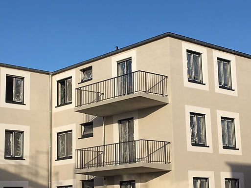 große, altersgerechte 2 Zimmer Wohnung mit Sonnenbalkon