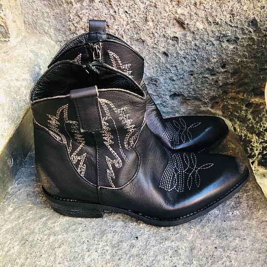 Nappa-Leder-Stieflette Cowboy-Style in schwarz