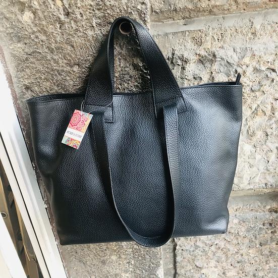Hochwertige Hirschleder-Tasche in schwarz, Made in Italy