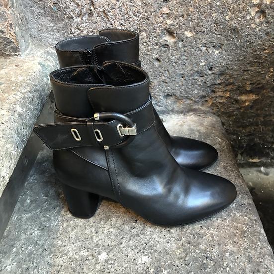 Klassische Leder-Stieflette mit 6 cm Absatz