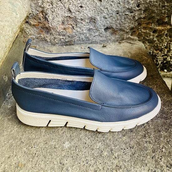 Blaues Leder Slipper