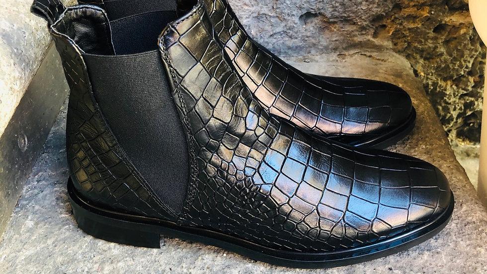 Schwarze Krokodilleder-Optik Stieflette
