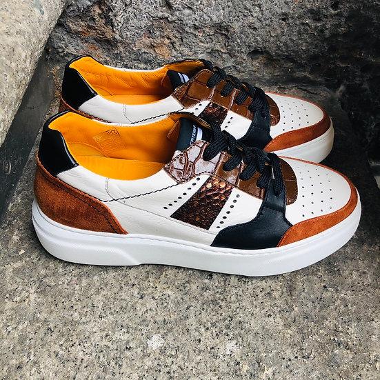 Fancy Leder-Sneaker weiß mit Cognac-Braun-Schwarzen Einsätzen