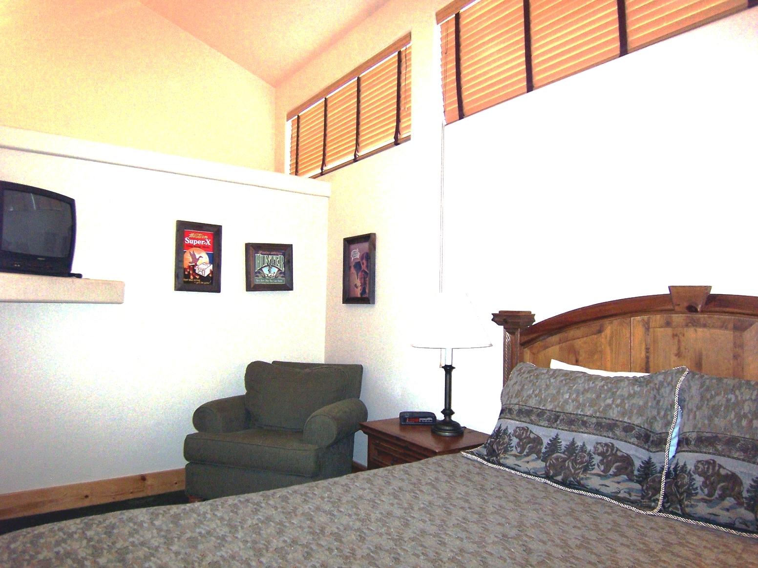Bear Suite upstairs.jpg