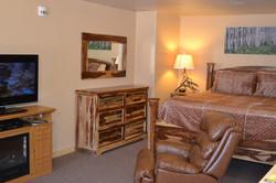 Aspen suite 3.JPG