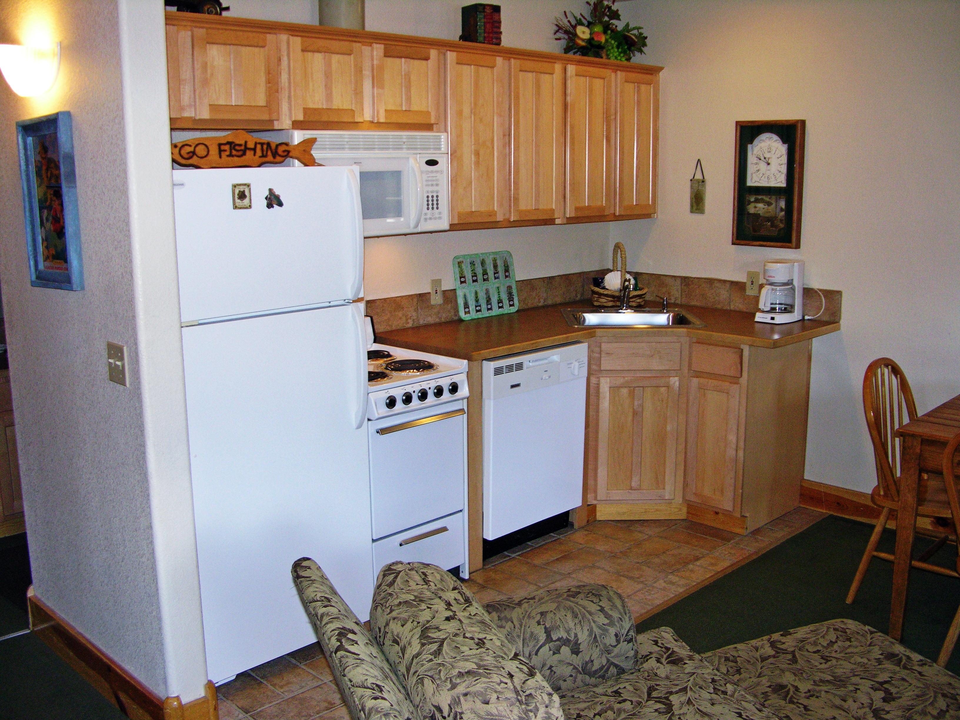 2 Bedroom Suite kitchen.JPG