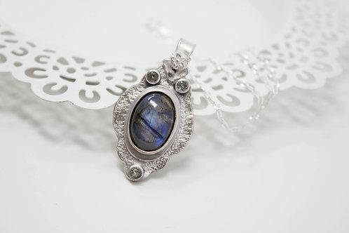 GD304- Labradorite Fine Silver Necklace