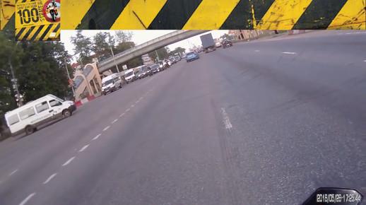 Motosiklet Kazası - Yeşilde Depar Atma!