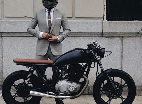 Motosiklete binmek için çalış, motosikletinle işe git!
