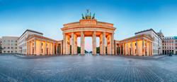 Berlin Zafer Takı