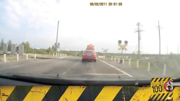 Motosiklet Kazası - Sinyalin Nedenini Anlamadan Sollama!