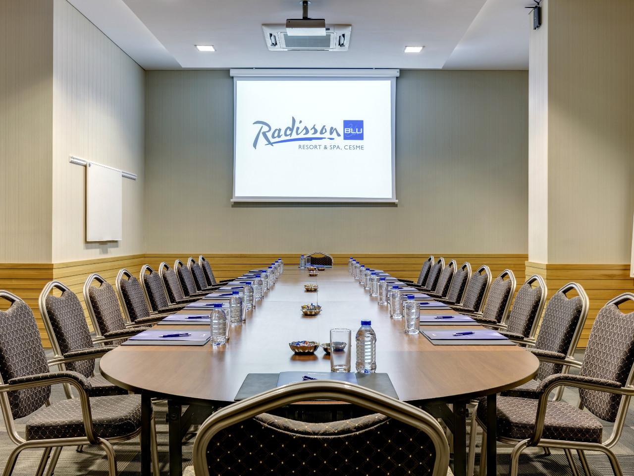 meetings4_1280x960.jpg