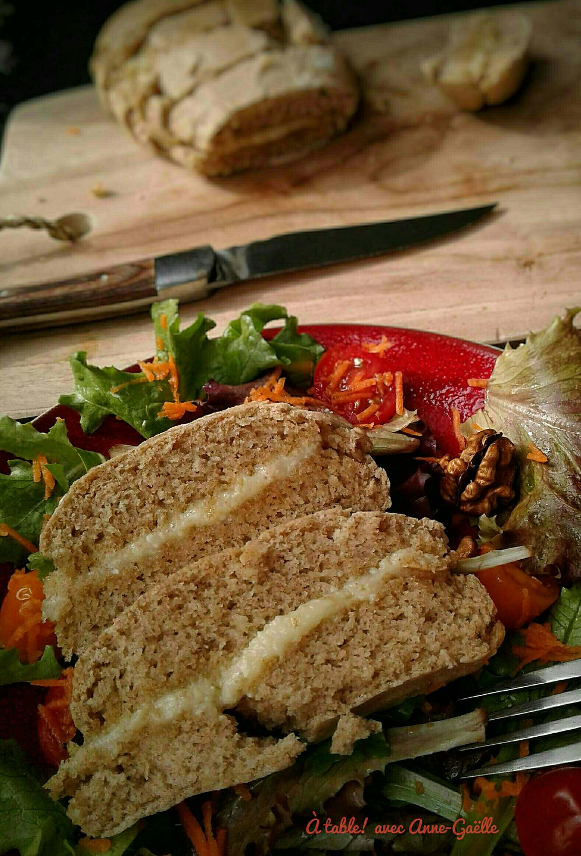 Préfou servi avec une salade.