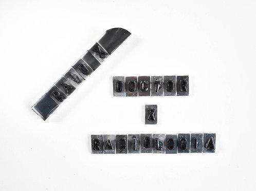 Alfabeto de Chumbo de 6mm com Base em Alumínio