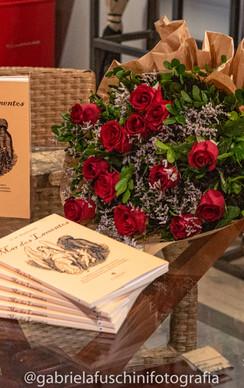lançamento do livro - GABI (79).jpg