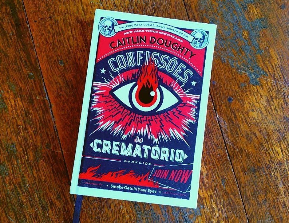 Resenha: Funerais e Morte com Confissões do Crematório (Foto: GMRhaekyrion)