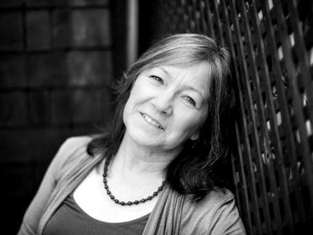 Robin Hobb: Alta Fantasia com Empoderamento Feminino