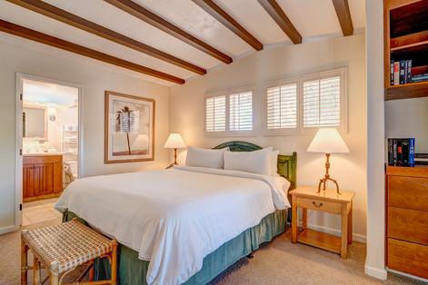 Honeysuckle - Bedroom