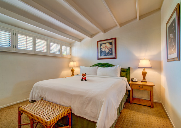 Poppy - Bedroom
