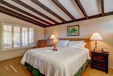 Smoketree - Bedroom